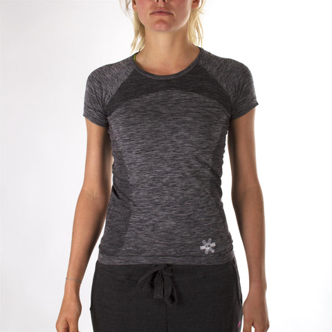 Osaka Hockey - Women Tech Knit Training Top - Short Sleeve Grey Melange