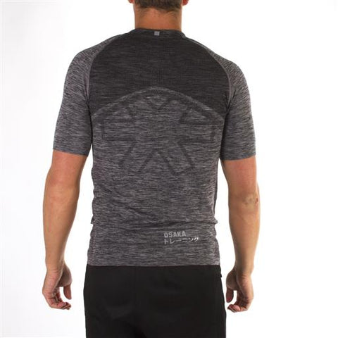 MEN TECH KNIT SHORT SLEEVE TEE