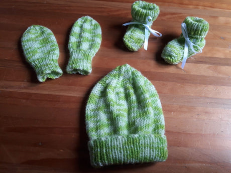 Hand-knitted, Merino, Beanie, Mittens and Booties set