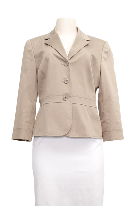 Tahari Lightweight Jacket -Front- eKlozet Luxury Consignment