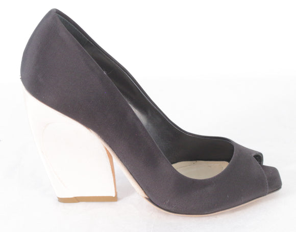 CHRISTIAN DIOR Eclipse Peep-Toe Pumps - eKlozet Luxury Consignment