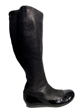 Lanvin Knee-High Leather Round-Toe Boots