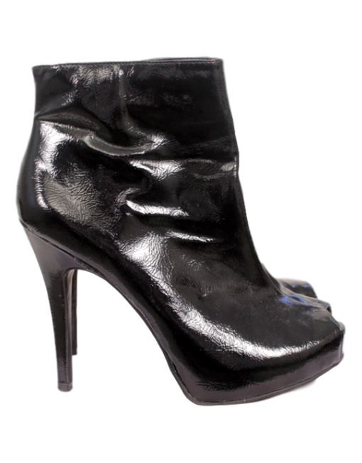 CARLOS BY CARLOS SANTANA PATENT LEATHER ANKLE BOOT