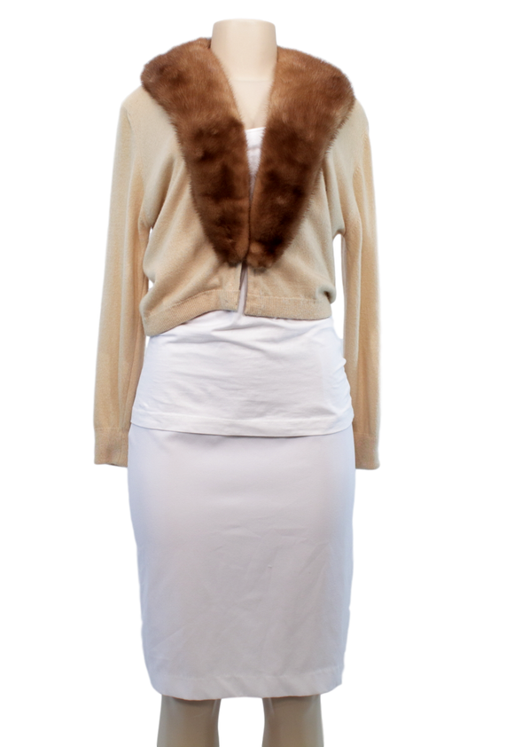 VINTAGE CASHMERE/MINK SWEATER - eKlozet Luxury Consignment