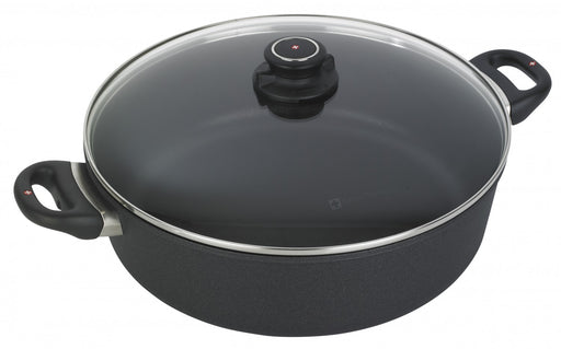 Nonstick Braiser with Lid