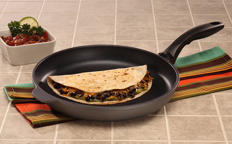 Swiss Diamond Nonstick Fry Pan With Lid - 11 Inch