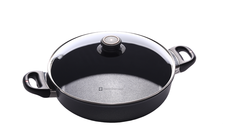 Sauteuse with Lid