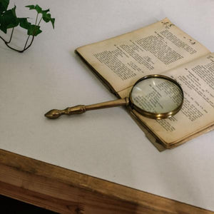 Magnifying Glass - MAULE & MAULE
