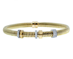 Yellow gold bangle bracelet