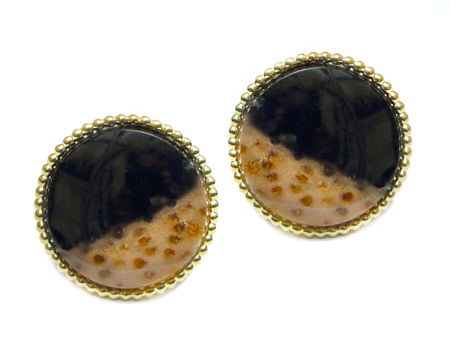 Yellow gold and agate earclips