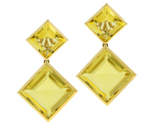 Yellow gold earrings with light citrine