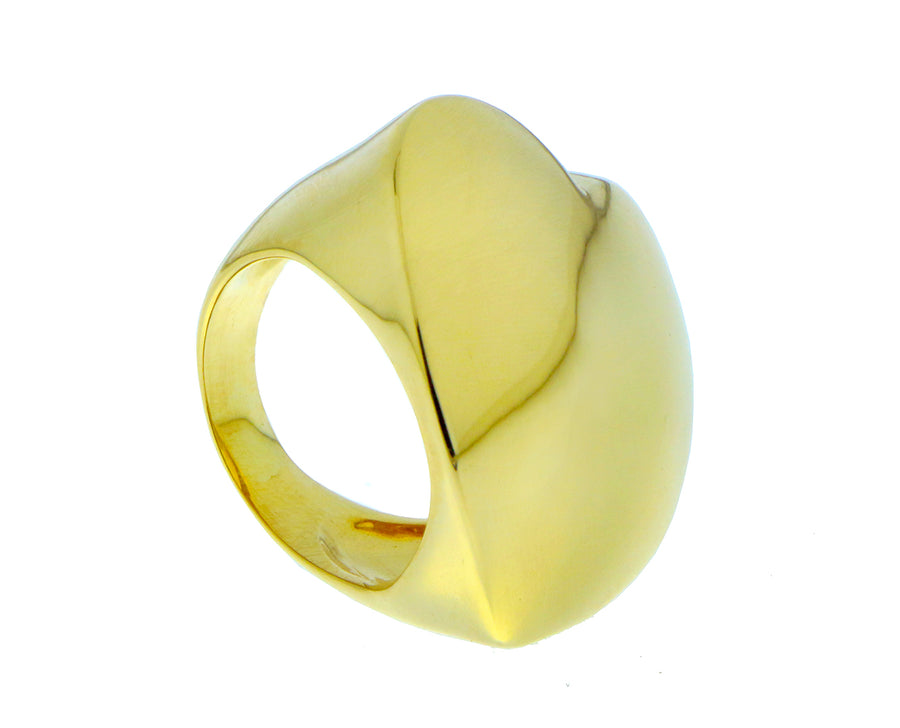 Yellow gold heart ring