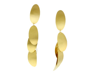 Yellow gold earrings with oval pendants