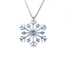 White gold necklace with snowflake set with 1 diamond