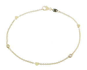 Yellow gold bracelet with hearts and diamonds