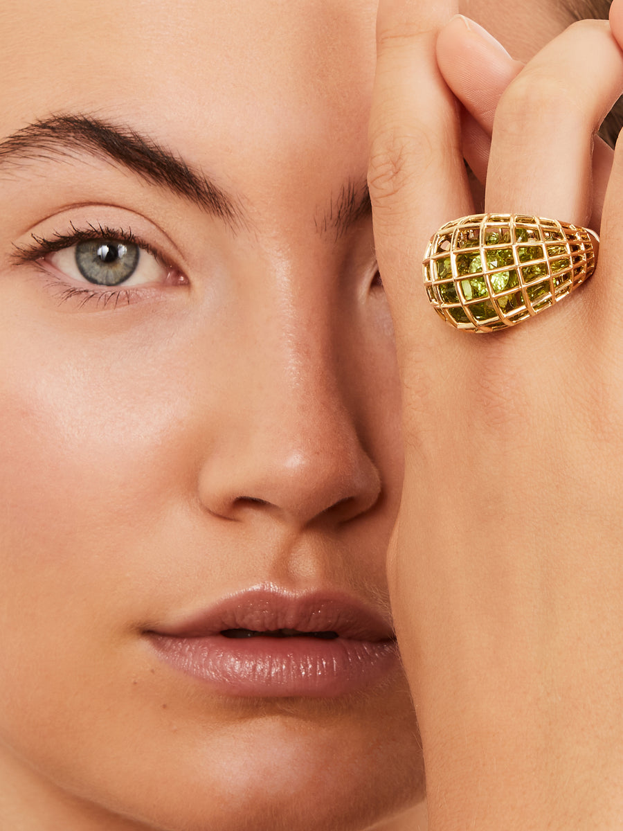 Yellow gold cage ring