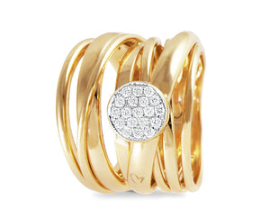 Yellow gold ring with a diamond round