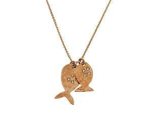 Yellow gold necklace with 2 fish pendants, set with in total 9 diamonds