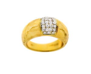 Hammered yellow gold ring with diamonds