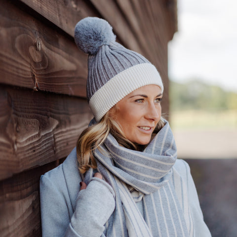 Ribbed Pom Pom Hat Grey & White