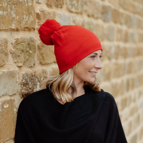 Lightweight Pom Pom Hat Red