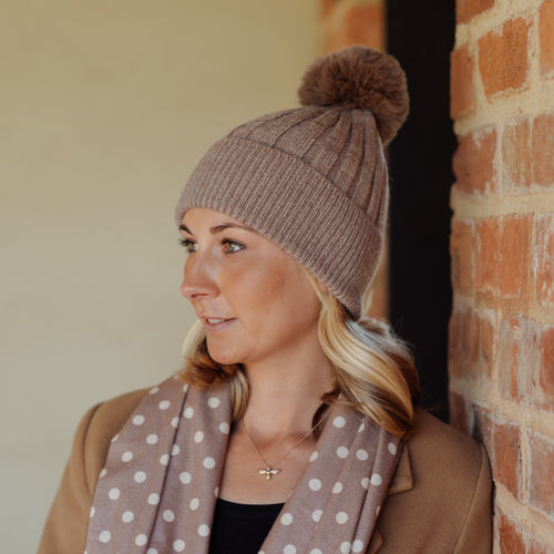 Ribbed Pom Pom Hat Brown