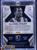 2014-15 Panini Spectra Spectacular Swatches Signatures Prizms Orange #SSMF Michael Finley - Basketball Cards