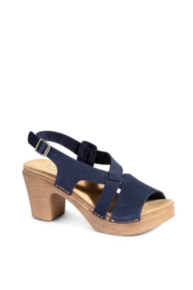CALOU Minna Sandal in Navy Suede