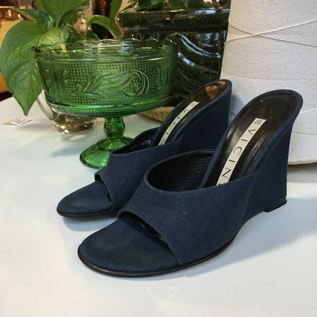 vintage chambray slide mules