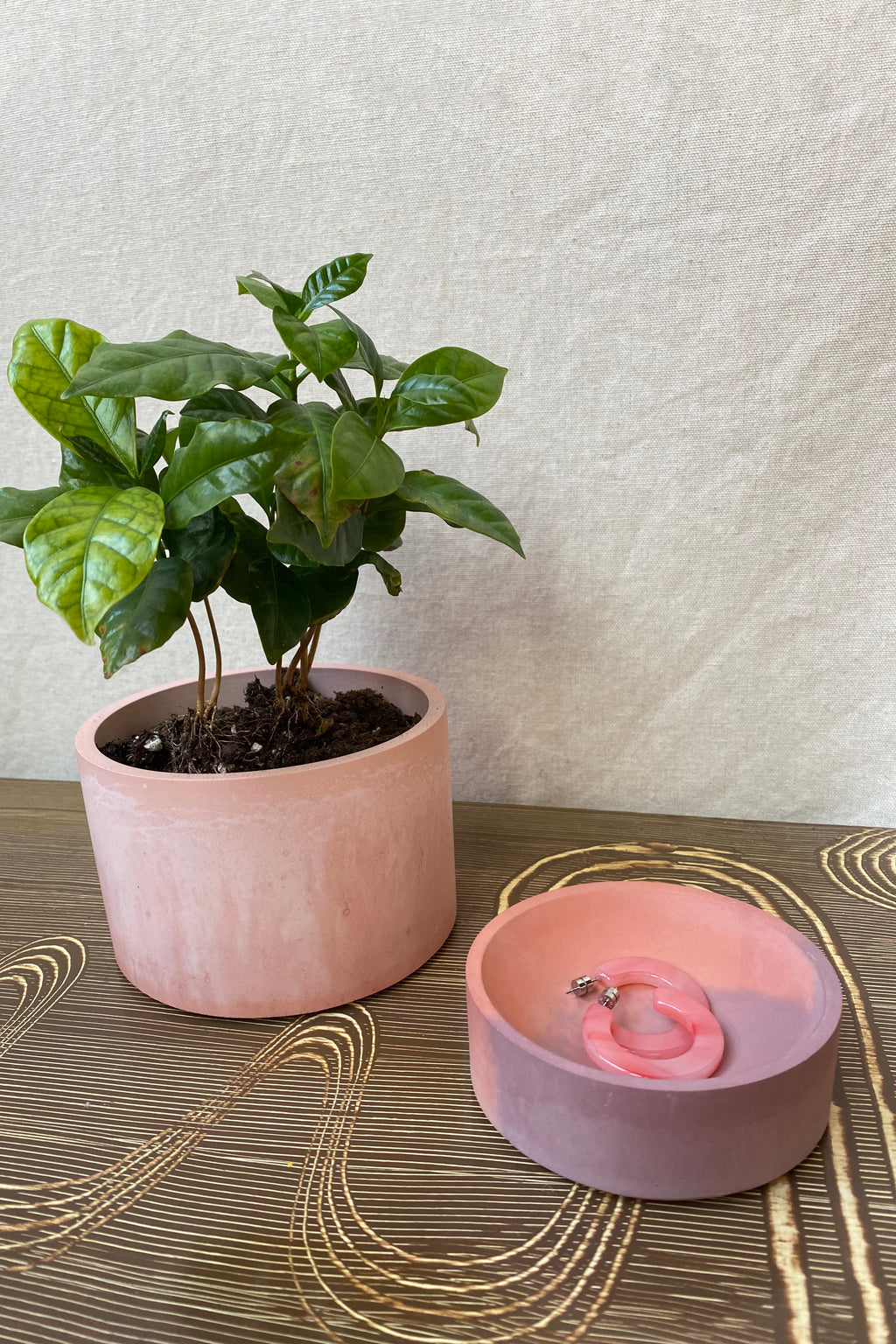 "PRETTI.COOL 5"" Vessel in Pink & Coral"