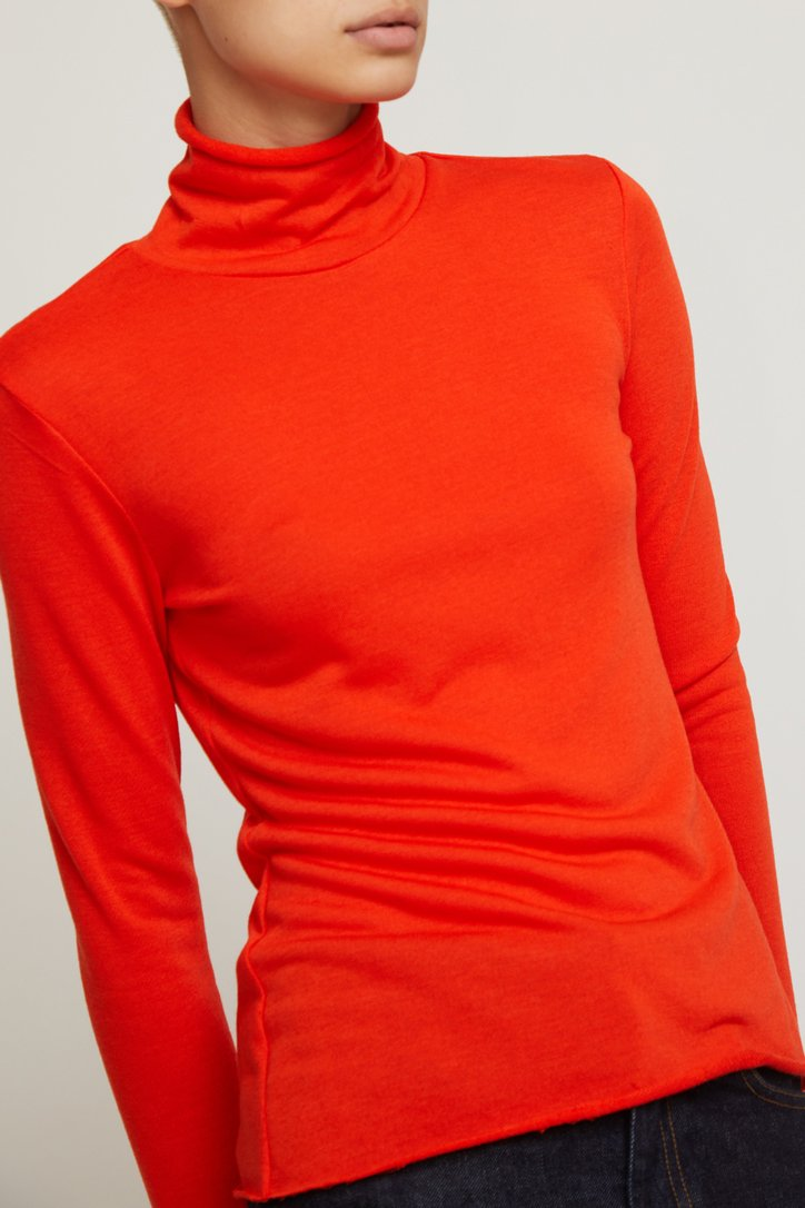 No.6 Gloria Turtleneck in Red Jersey