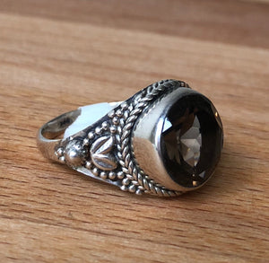SMOKEY QUARTZ   RING - ROUND FACETED STONE