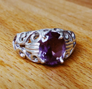 AMETHYST RING - FACETED STONE  FILAGREE STERLING SILVER BAND SIZE 8