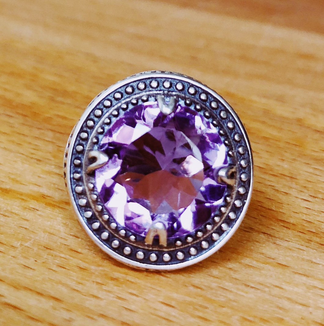 AMETHYST  RING  ROUND FACETED STONE  ORNATE STERLING SILVER BAND  SIZE
