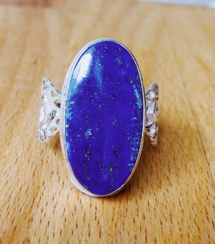 LAPIS LAZULI RING - LARGE OVAL STONE 3cm x 2.6cm approx  STERLING SILVER BAND ;  SIZE 12.75
