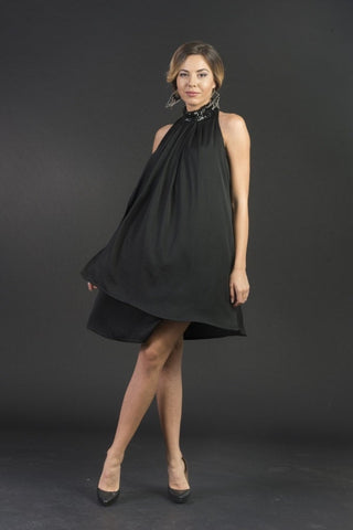 Tiara Elegant Sleeveless Cocktail Dress with Stylish Collar