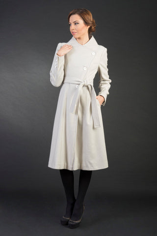 Sisi White Handmade 7/8 Thick Long Woolen Women's Coat