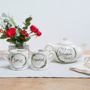Hexagonal wreath Mr and Mrs Teapot and Mugs set