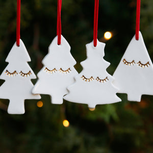 Set of 4 Stylish Christmas Tree Ornaments with 22c Gold Lustre Eyelashes