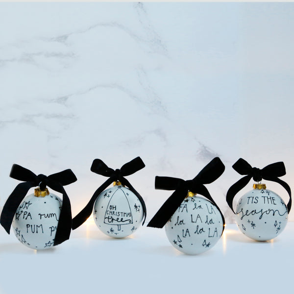 Modern and Stylish Ceramic Bauble featuring the Christmas Lyrics Pa rum pum pum pum