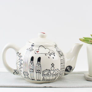 London Skyline Teapot