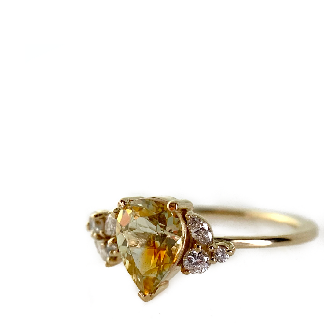 Yellow Parti Sapphire Ring