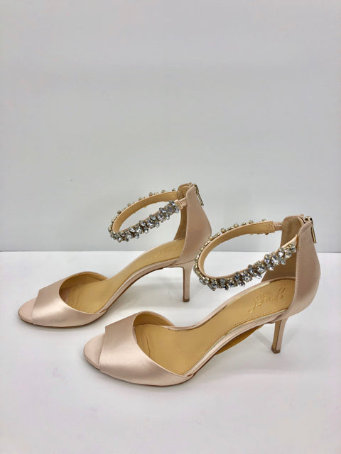 Jewel by Badgley Mischka Champagne Shoes, Heels