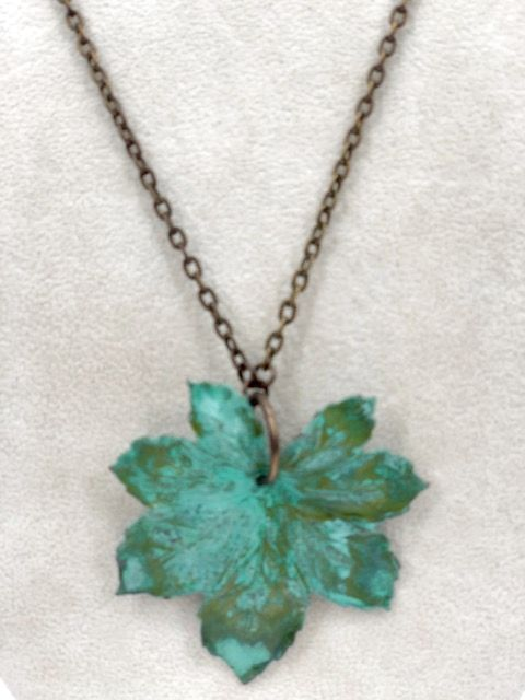 Metal Green Leaf Necklace