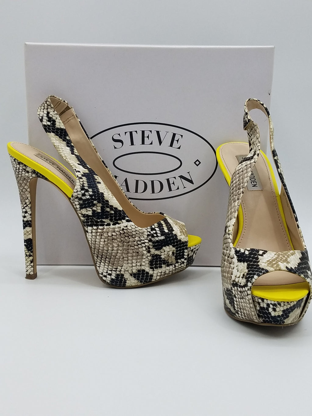 Steve Madden Black & Beige Shoes, Heels