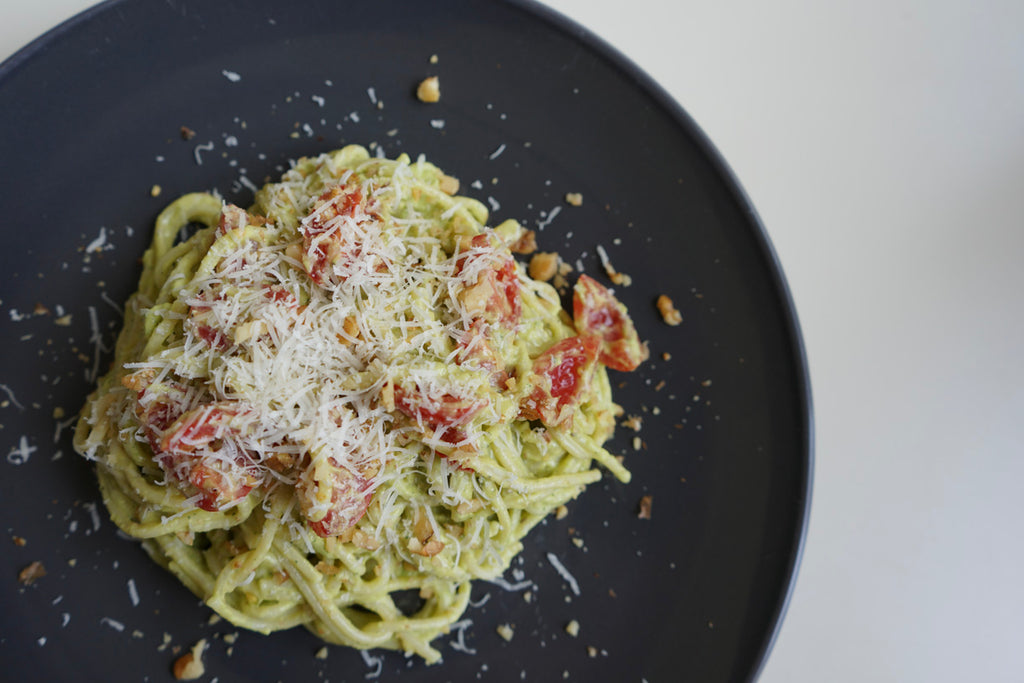 Vegaterian meat-free meal Avocado courgette pesto pasta