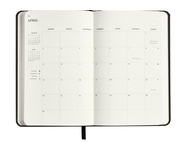Shinola 18 Month Runwell Planner monthly spread
