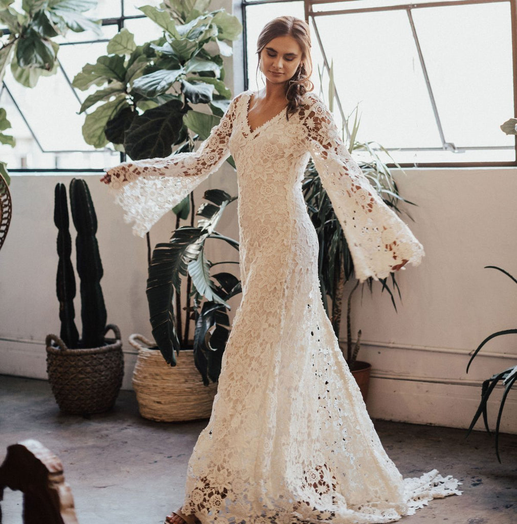 Long Sleeves V-neck White Lace Beach Wedding Dresses.Cheap Wedding Dresses, WDY0282