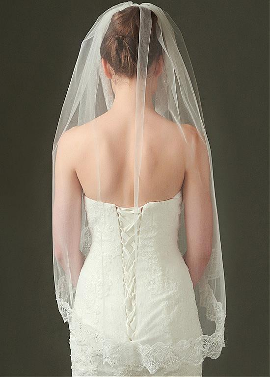 Gorgeous Tulle Short Wedding Veil With Lace Appliques ,WV0126
