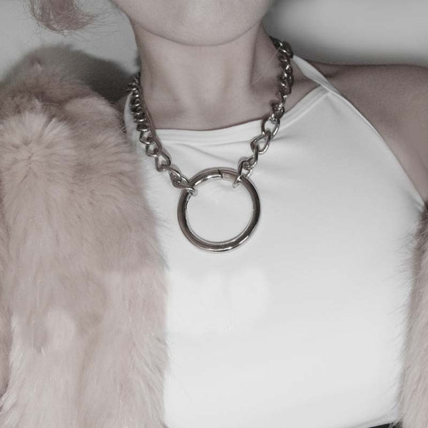 Metal Chain O Ring Necklace